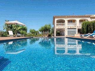 Finca Candela , Vila for 10 people, pool, Wi-Fi, BBQ, near Palma ☼