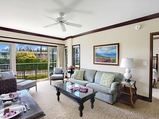 C201 Living Room & Indoor Dining