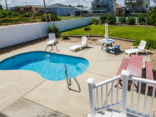 Hooligan's Hideaway | 663 ft from the beach | Dog Friendly, Private Pool