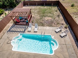 It's All Good | 200 ft from the beach | Private Pool, Hot Tub