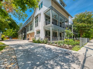 New! Luxury Townhome - King William/Southtown