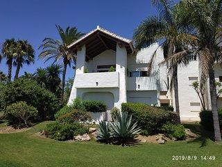 Costa Ballena, Playa del infante, apartamento con vistas a golf y mar