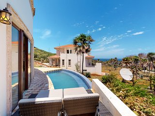 Spacious villa w/ ocean and garden views, private pool - walk to the beach