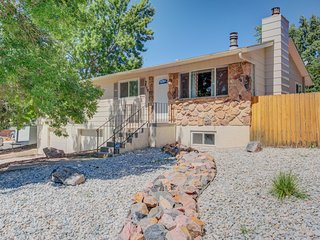 ☆4BR Dog Friendly☆Garden of the Gods☆BBQ Grill!
