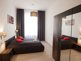 Spacious one bedroom flat for 6 guests in quiet area of Prague by easyBNB