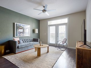 Sonder | Pearl District | Welcoming 2BR + Balcony