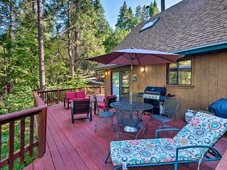 Secluded Arnold Cabin w/Deck - Near Bear Valley!