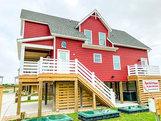 Haven on the Banks   Nags Head Private Beachside Resort, Sleeps 54