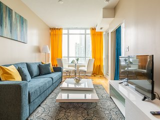 Simply Comfort. Amazing Condo in the Best location