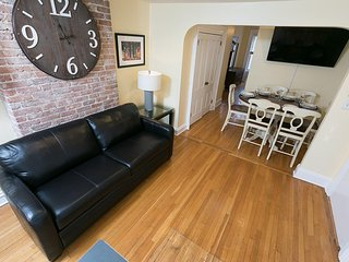 Sleeps 6 - 1 Bedroom - 1 Bath - 3 Beds - Just 7 Minutes to NYC bev3