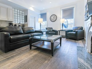 Sleeps 7 - 2 Bedroom - 1 Bath - 4 Beds - Just 7 minutes to NYC terb