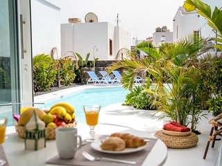 Aqua Blanca 1 Boutique Apartments with pool- Adults Only