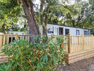 6 berth luxury caravan for hire with decking at Azure Seas Suffolk ref 32061AS