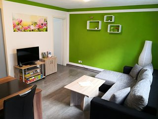 Moderne 2-Zimmer Ferienwohnung für bis zu 4 Personen - 10 KM vom Bodensee