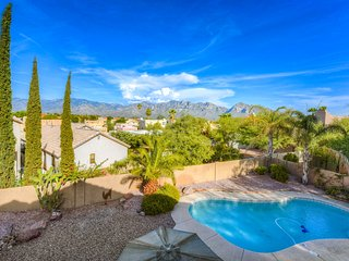 Large, dog-friendly home w/ a private pool & enclosed yard w/ mountain views
