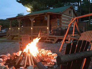 Log Cabin w/Fire Pit & Deck on Cherokee Lake!
