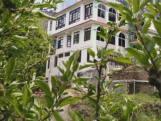 Fully Furnished Natural Beauty Homestay in Sarahan