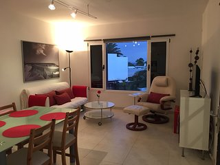 Playa Bastian 109V spacious 2 bed apartment close to the beach