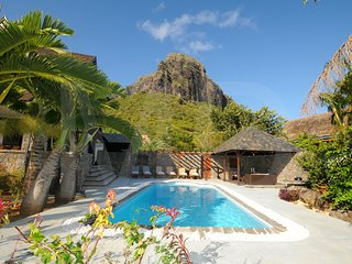 Premium Villa with pool and total privacy above the golf course of Le Morne