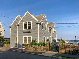 Marblehead Harbor Grande Maison