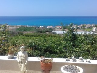 2 Bed Detached House With Stunning Sea And Sunset Views Kissonerga Paphos .