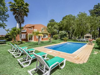 3 bedroom Villa with Pool, Air Con and WiFi - 5812129