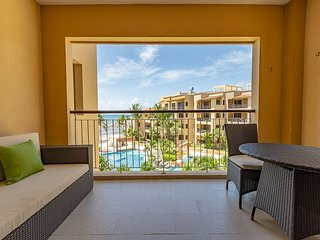 Stylish Ocean View 1 Bedroom Condo at El Faro,  EFS301