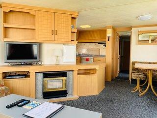 Fantasy Island Caravan Hire Ingoldmells - Festival - 6 Berth 3 bedroom