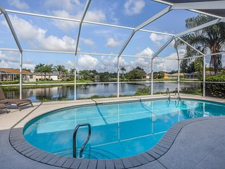 Waterfront villa w/private pool, access to community pool - drive to beaches!