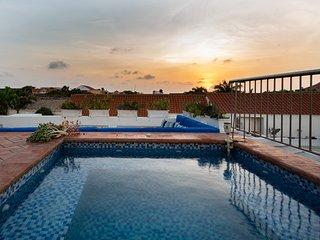 Amazing 6BR w/2 Pools + Sundeck &BBQ | inside Centro Historico by Huespedia
