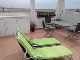 A lovely 2 bedroom Apartment with Private Solarium