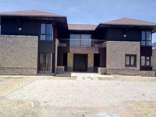 Villa in the wild, Mount Kenya Wildlife Estate #65
