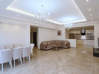 Teryan street Grand&Luxury 3 Bedroom apartment