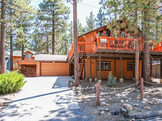 Serrano Cabin Central Relaxing 4 BR w/ Private Spa