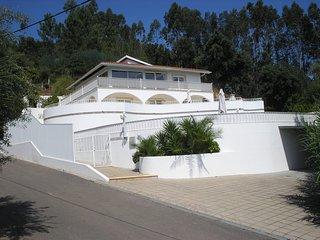 Vivenda Pirilampo, Vila Nova de Poiares