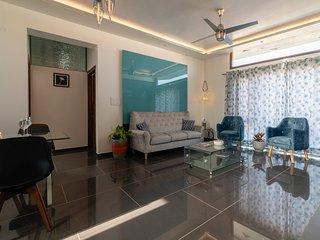 The Jazminn - Glass - Luxury Boutique Service Apartment