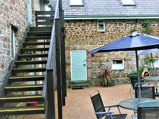 76492 Barn situated in Bude (5mls SW)