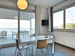 Scafa Villa Sleeps 8 with Pool Air Con and WiFi - 5812298