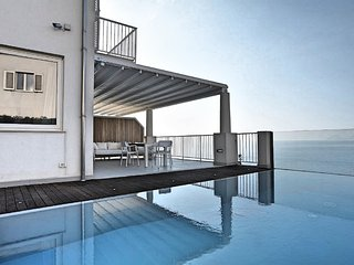 3 bedroom Villa with Pool, Air Con and WiFi - 5812298