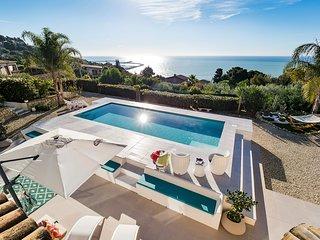 Licata Villa Sleeps 6 with Pool and Air Con - 5812284
