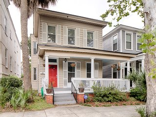 NEW LISTING! Upper duplex unit blocks from historic district - near dining/parks