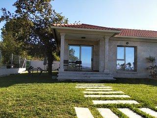 Casa Nueva Playa Areabrava Hío Cangas