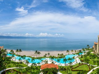 1203D BVG . Stunning 4 Bedroom condo at Marina Vallarta