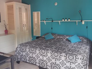 Casa Almendra - Flexible studio 1 king or twins beds