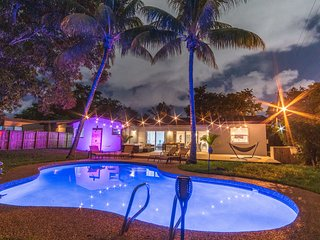 Miami Luxury 5BR Vacation Home with a Pool