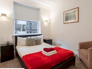 Mayfair Suite near Bond Street 2A (RU/CL)