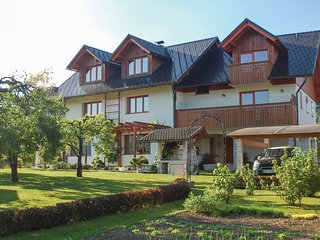 Beautiful home in Bled w/ WiFi and 1 Bedrooms