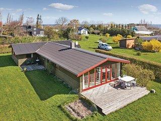Beautiful home in Fejø w/ 3 Bedrooms (K10015)