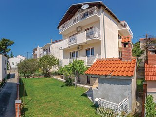 Stunning home in Podstrana w/ WiFi and 2 Bedrooms