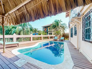 Gorgeous condo w/ easy beach access & pool in Belize!